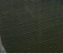 Tapis anti-dérapant (caisse de transport – sol)